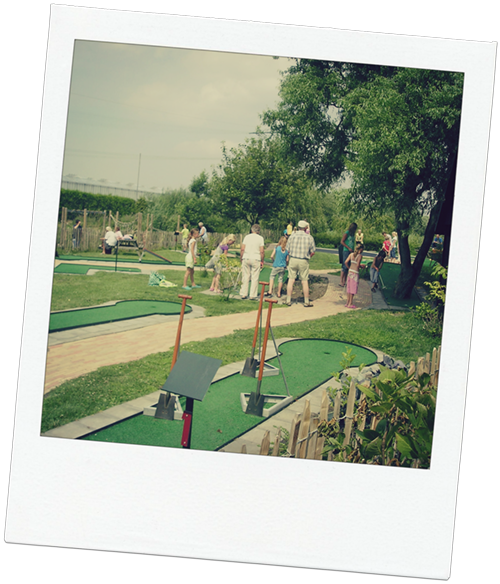 Minigolf of midgetgolf?